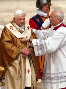 Pallium - Coroação do Papa