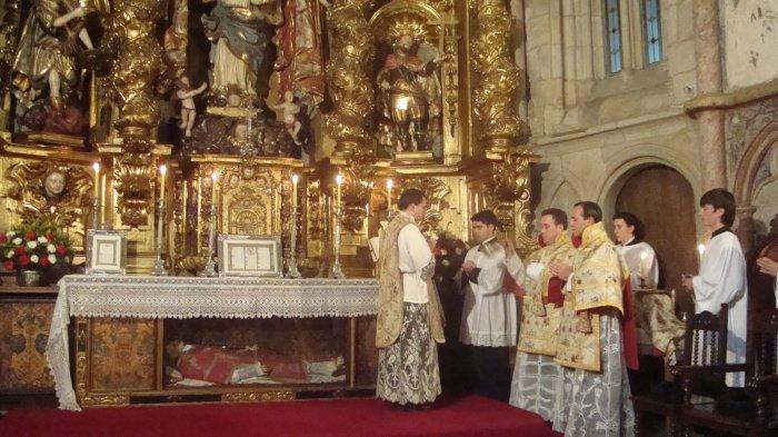 I Jornadas de Formação Litúrgica - Frat. Santa Maria Reina e IBP