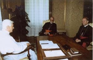 Audiência concedida pelo Papa Bento XVI a Dom Fellay - Agosto de 2005