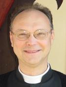 Padre Alain Lorans, porta-voz da FSSPX.