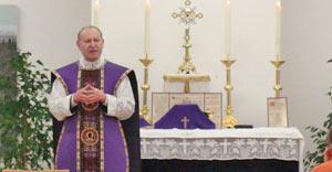 Recentemente, o Padre Schmidberger celebrou uma Missa em Gießen, na diocese de Mainz