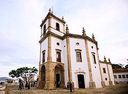 Outeiro da Glória: cenário de Missa Tridentina à novela da Globo.