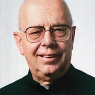 Padre Gabriele Amorth, exorcista da Diocese de Roma.