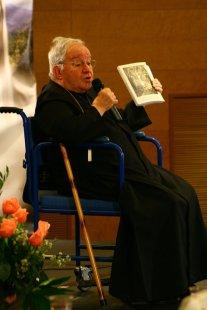 Roma, 7 de maio de 2010. Dom Manoel Pestana Filho discursa em conferência sobre Fátima e apresenta o livro de Monsenhor Gherardini - Concilio Vaticano II, un discorso da fare.