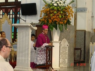 A presença de Sua Excelência Reverendíssima Dom Pedro Luiz  Stringhini, bispo de Franca.