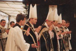 Bispos da Fraternidade nas exéquias de Dom Lefebvre