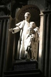 Imagem de São João Bosco na Basílica de São Pedro.