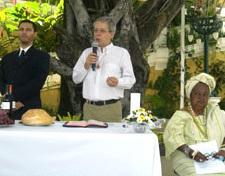 Pastor protestante, Frei Betto e Mãe de Santo em evento no Rio de Janeiro.