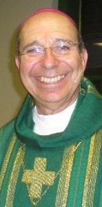 Dom Armando Ochoa, bispo diocesano de El Paso, foi transferido para uma diocese mediana nos EUA.