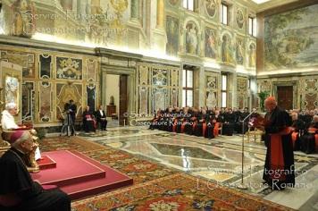 O Papa recebe os membros da Congregação para a Doutrina da Fé ao fim de sua plenária.
