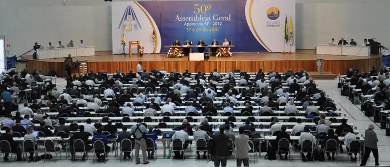 CNBB quer revitalizar Concílio Vaticano II.