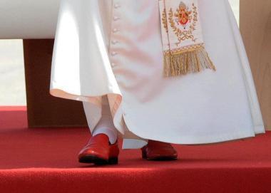 """""""Como são belos sobre os montes os pés do mensageiro que anuncia a paz""""."""