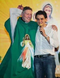 Novamente Padre Marcelo - E o altar virou palanque.