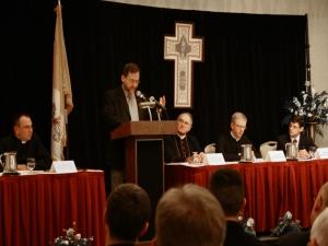 Conferência sobre o Papado promovida pela Angelus Press.