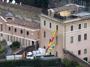 O mosteiro em que Bento XVI viverá.