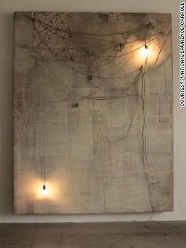 """""""Obra"""" do """"artista"""" australiano Lawrence Carroll representa a """"Re-criação""""."""