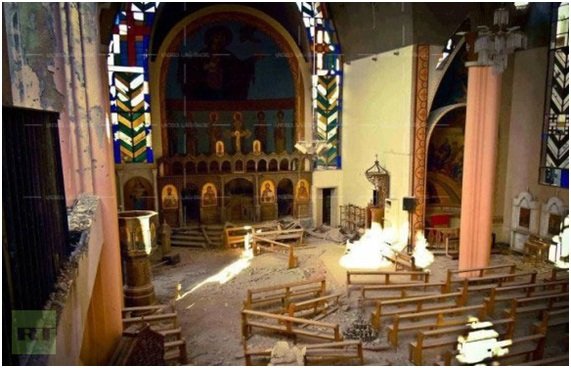 Igreja destruída. Foto: RT.com