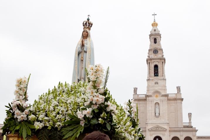 Peregrinação Internacional Aniversária: Eucaristia, bênção
