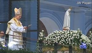 Cardeal Bertone em Fátima - 12 de outubro de 2013.