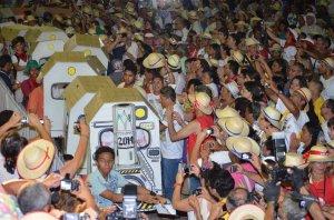 7 de janeiro de 2014 - Trem das CEBs abrem celebração de Dom Fernando Panico, bispo de Crato.