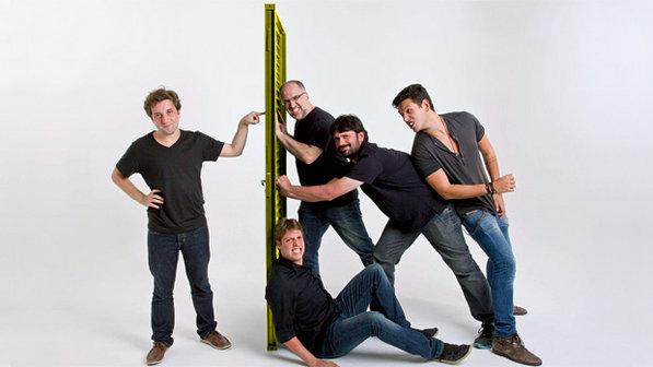Gregório (esquerda) e seus amigos palhaços do Porta dos Fundos.
