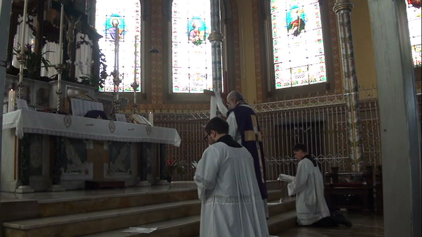 Primeira Missa em La Merced (a portas fechadas, secreta).