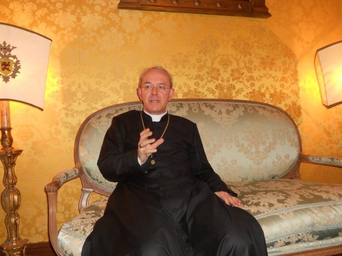 Dom Athanasius em entrevista a Fratres in Unum.