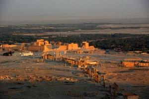 Palmira, cidade histórica semita no centro da Síria, foi tomada e destruída pelo Estado Islâmico.