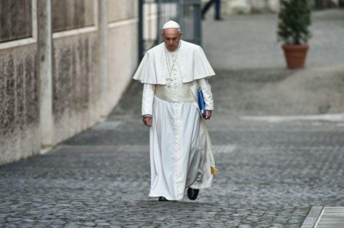 Isolamento marca o fim de pontificado de Francisco.