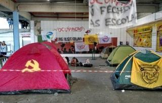 escola comunista